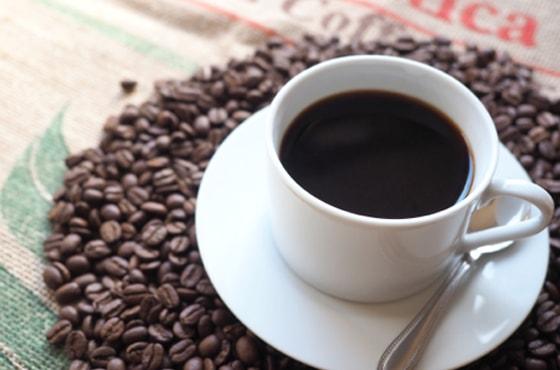 思わず飲みたくなる!香り立つようなコーヒーのCM5選
