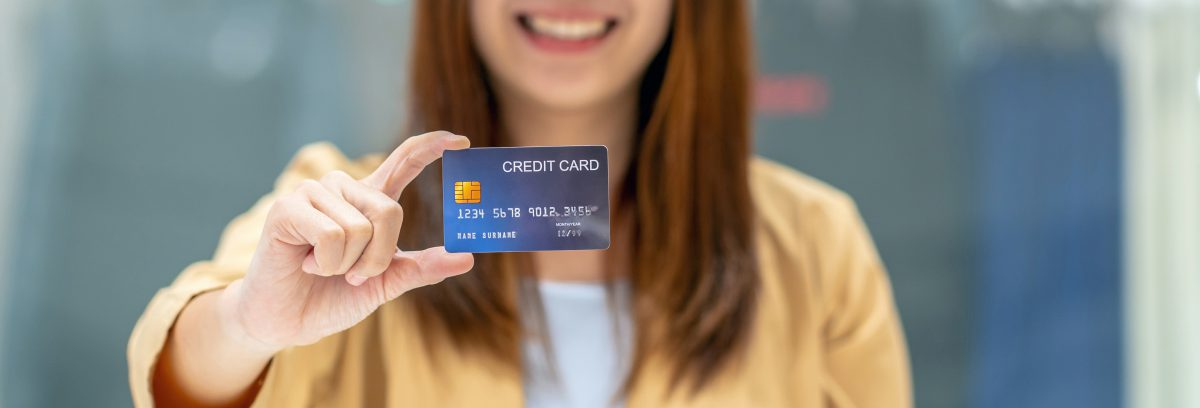 クレジットカードのプロモーション映像事例