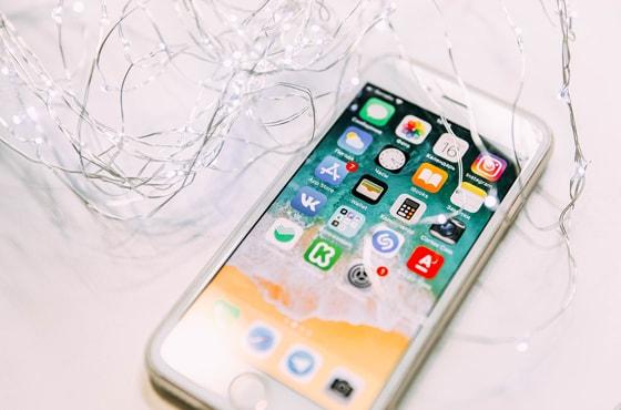 コミュニケーションアプリのプロモーション映像事例