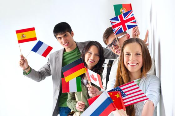 外国語系専門学校のプロモーション映像事例5選