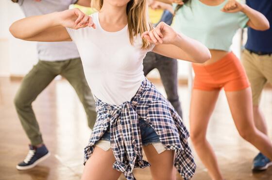 ダンス系専門学校のプロモーション映像事例5選