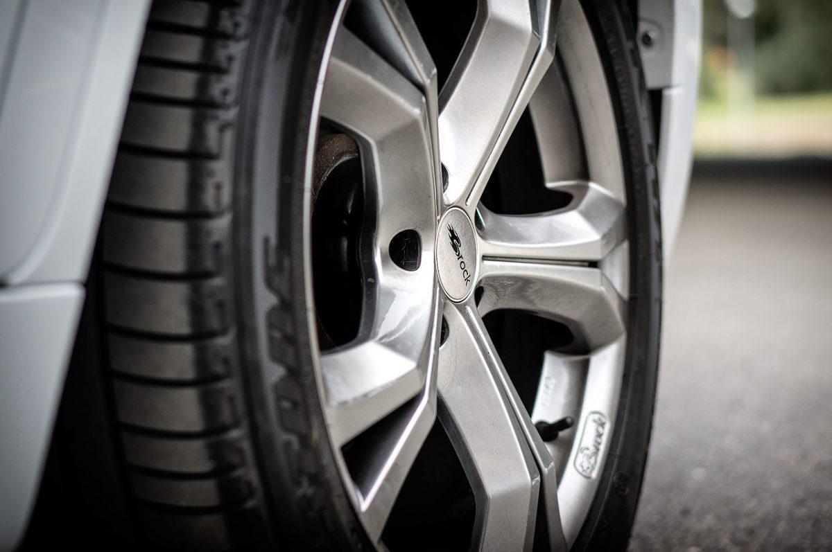 タイヤ・ゴム製品メーカーのプロモーション映像事例